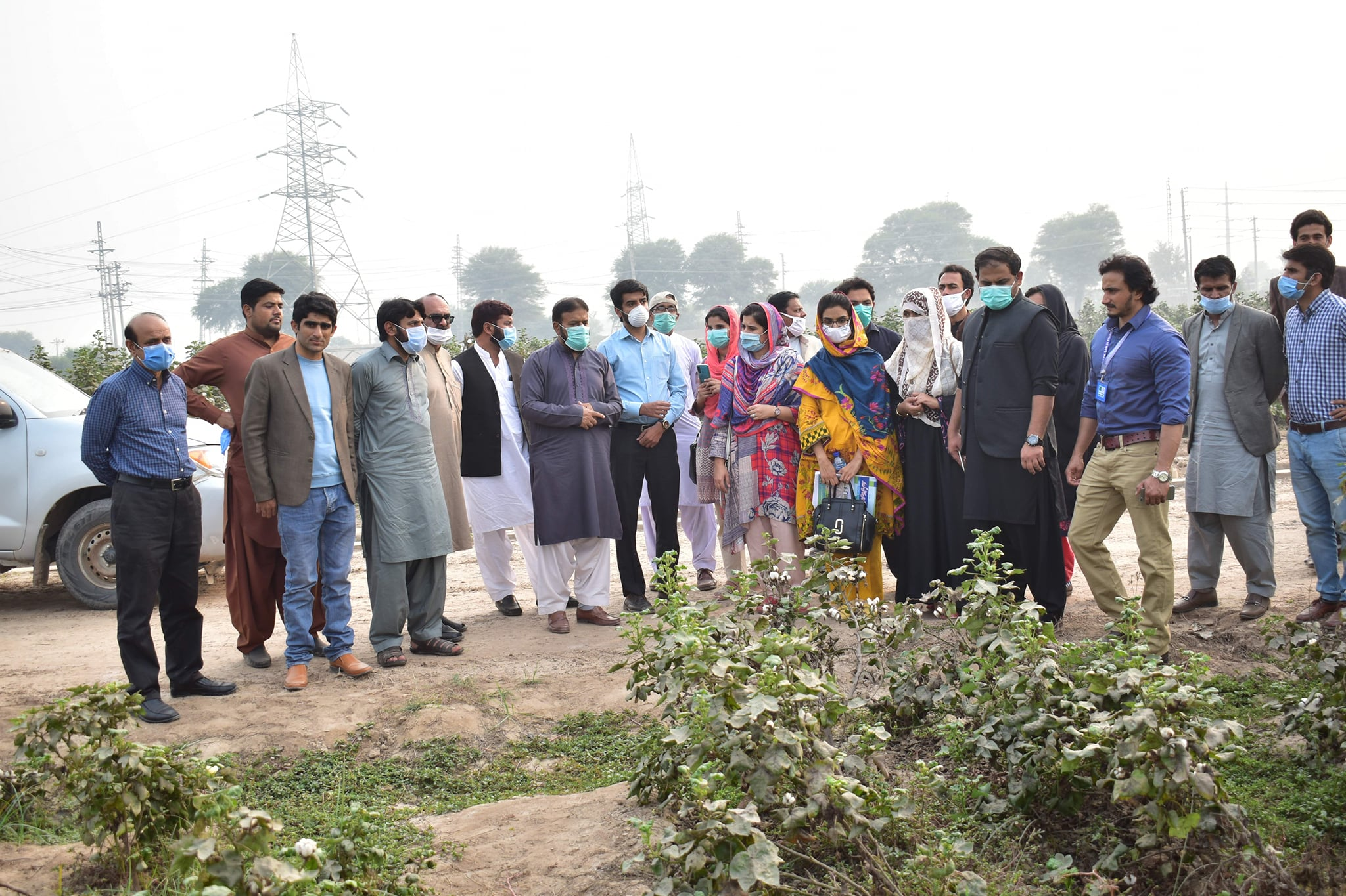 A delegation of Lok Sanjh Foundation comprising Producer Unit Managers and Area Coordinators from Layyah, Bhakkar, TT Singh, Fort Abbas, Bahawalnagar, Chishtian visited CCRI Multan.